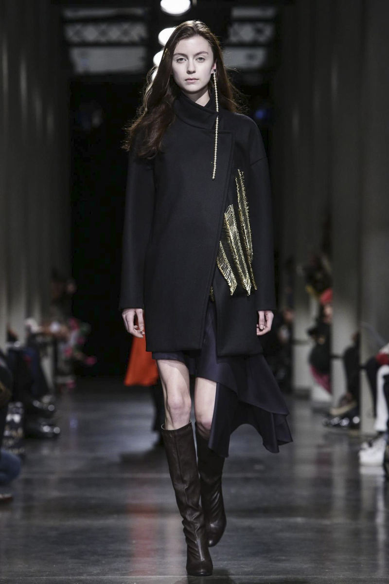 Lutz Huelle RTW Fall Winter 2015 Paris